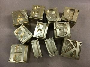 hot foil stamping machine letters