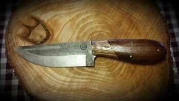 custom-hand-stamps-knives-1.jpg